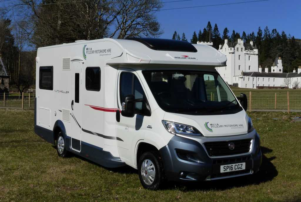 New CLASSIC MOTORHOME Hire 26 Berth Choose According To YOUR BUDGET