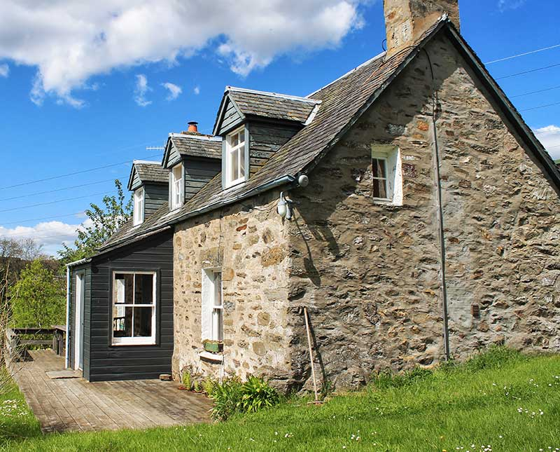 Easter Auchnaguie Holiday Cottage