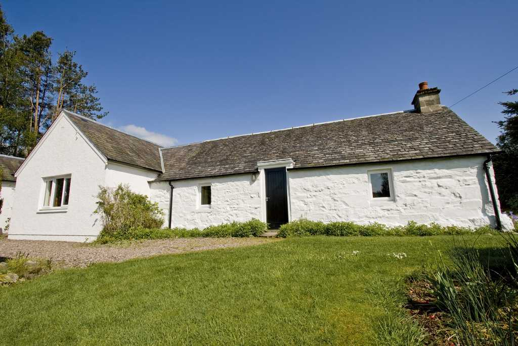 Upper Balghulan Cottage Pitlochry Holiday Cottage