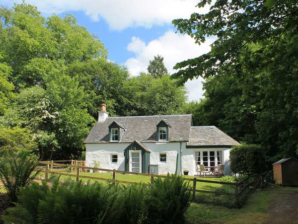 The White Cottage Urrard Estate Holiday Cottage
